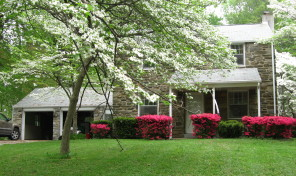 3 Bedroom – Wallingford Stone Colonial