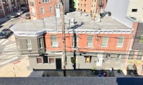 Francisville mixed use restaurant/bar with apartments!